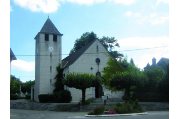 Eglise d'Arette et son clocher restauré